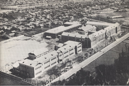 ⑬潮江中学校