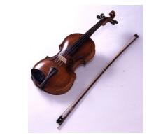 寺田寅彦愛用のバイオリン